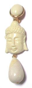 Buddha mit cremeweißem Tropfen